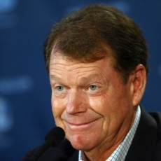 Tiger Woods has actually just saved Tom Watson a massive headache.